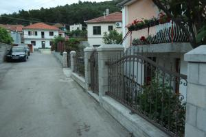 Sobe Mira, Apartments  Trebinje - big - 5