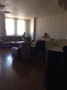 Apartment on Kobaladze 14, Apartmány  Batumi - big - 7
