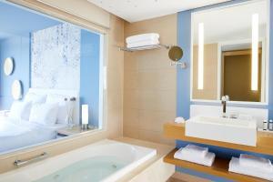 Lindos Blu Luxury Hotel-Adults only, Hotels  Lindos - big - 14