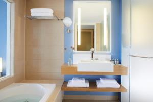 Lindos Blu Luxury Hotel-Adults only, Hotels  Lindos - big - 13