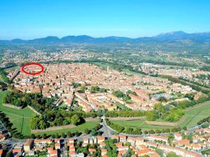 Le mura di Lucca - AbcAlberghi.com
