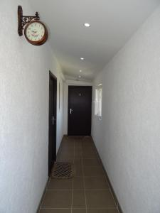 Apartments Vila Brzi & Beka, Apartmány  Šabac - big - 38