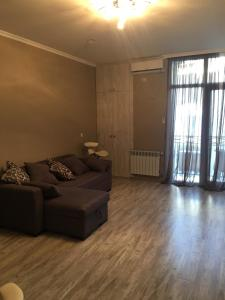 flat with sea view, Apartmány  Batumi - big - 4