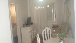 403 Apto. para 4 pessoas proximo ao Shopping Londoia, Appartamenti  Porto Alegre - big - 4