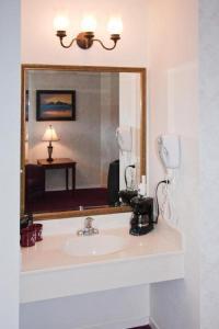 Ocean View Lodge, Motels  Fort Bragg - big - 18