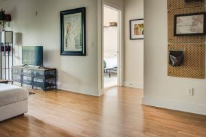 COMFY 2BR APT IN ARTS & ENTERTAINMENT DISTRICT, Apartmány  Charlotte - big - 11