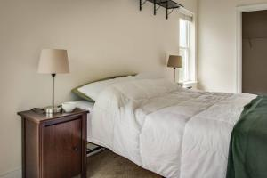COMFY 2BR APT IN ARTS & ENTERTAINMENT DISTRICT, Apartmány  Charlotte - big - 8