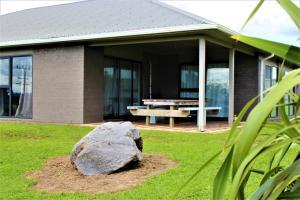 Between the Mountains, Prázdninové domy  Rotorua - big - 5