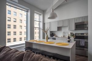 SLEEK & MODERN 1BR LOFT IN MKE THEATRE DISTRICT, Appartamenti  Milwaukee - big - 17