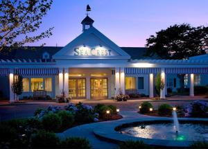 Sea Crest Beach Hotel (3 of 26)