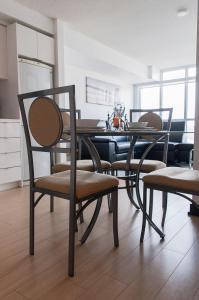N2N Suites - Downtown City Suite, Ferienwohnungen  Toronto - big - 97