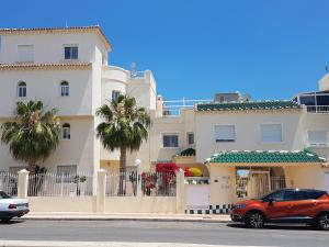 Apartments Miraflores III, Apartmány  Playa Flamenca - big - 21