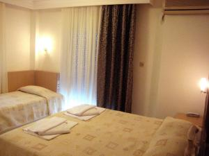 Hotel Avra, Hotely  Perea - big - 13