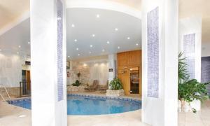 Macdonald Villacana, Apartments  Estepona - big - 14