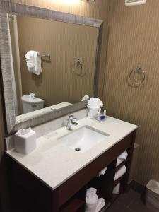 Best Western Plus Portland Airport Hotel & Suites, Hotels  Parkrose - big - 48