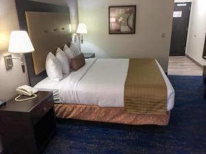 Best Western Plus Portland Airport Hotel & Suites, Hotels  Parkrose - big - 51