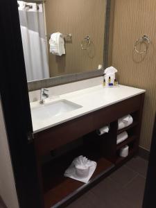 Best Western Plus Portland Airport Hotel & Suites, Hotels  Parkrose - big - 53