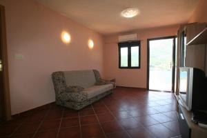 Holiday Home Ametist 3, Nyaralók  Tivat - big - 12