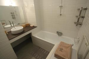 d.FIVE Riverside Suite, Apartmanok  Budapest - big - 4