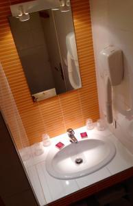 Amerique Hotel Palavas Montpellier Sud, Hotel  Palavas-les-Flots - big - 3