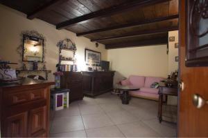 Casa vacanze tra la Costiera Amalfitana e la mille - AbcAlberghi.com