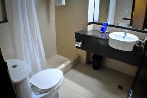 Fersal Hotel Neptune Makati, Szállodák  Manila - big - 10