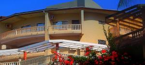 Seaside Suites and Hotel, Hotely  Freetown - big - 74