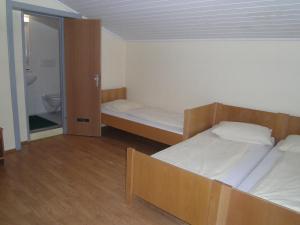 Jugend- und Familiengästehaus Heiligenblut, Hostels  Heiligenblut - big - 9