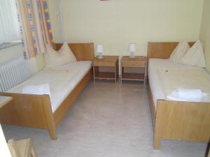 Jugend- und Familiengästehaus Heiligenblut, Hostels  Heiligenblut - big - 71