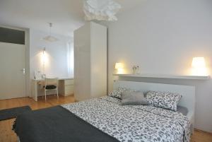 Apartment Sofia, Apartments  Banjole - big - 32