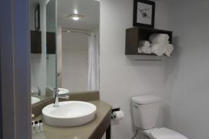 Country Inn & Suites by Radisson, La Crosse, WI, Hotels  La Crosse - big - 8