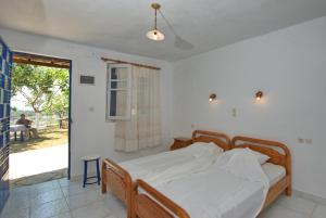 Alexandra Rooms, Guest houses  Alonnisos Old Town - big - 23