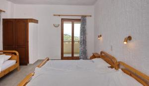Alexandra Rooms, Guest houses  Alonnisos Old Town - big - 5