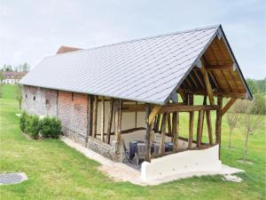 Three-Bedroom Holiday Home in Gournay-en-Bray, Case vacanze  Gournay-en-Bray - big - 18