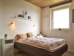 Four-Bedroom Holiday Home in Hvide Sande, Nyaralók  Hvide Sande - big - 8