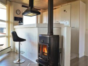 Four-Bedroom Holiday Home in Hvide Sande, Nyaralók  Hvide Sande - big - 14