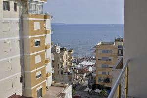 Nightz Serviced Apartments, Appartamenti  Durrës - big - 2