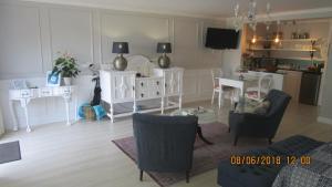 10 on Navesink, Apartmány  Plettenberg Bay - big - 63