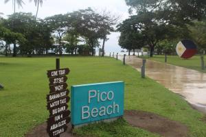 Dr Calayans' Luxury 2BR Condo @ Pico de Loro, Nasugbu, Ferienwohnungen  Nasugbu - big - 51