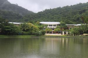 Dr Calayans' Luxury 2BR Condo @ Pico de Loro, Nasugbu, Ferienwohnungen  Nasugbu - big - 64