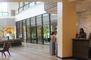 Dr Calayans' Luxury 2BR Condo @ Pico de Loro, Nasugbu, Ferienwohnungen  Nasugbu - big - 65