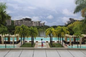 Dr Calayans' Luxury 2BR Condo @ Pico de Loro, Nasugbu, Ferienwohnungen  Nasugbu - big - 71