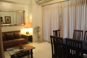 Dr Calayans' Luxury 2BR Condo @ Pico de Loro, Nasugbu, Ferienwohnungen  Nasugbu - big - 1