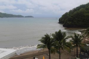 Dr Calayans' Luxury 2BR Condo @ Pico de Loro, Nasugbu, Ferienwohnungen  Nasugbu - big - 98