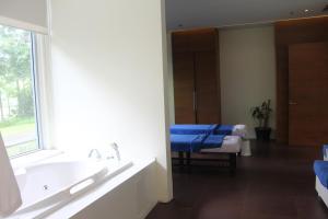 Dr Calayans' Luxury 2BR Condo @ Pico de Loro, Nasugbu, Ferienwohnungen  Nasugbu - big - 114