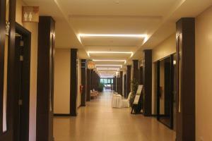 Dr Calayans' Luxury 2BR Condo @ Pico de Loro, Nasugbu, Ferienwohnungen  Nasugbu - big - 119
