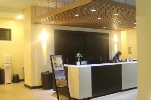 Dr Calayans' Luxury 2BR Condo @ Pico de Loro, Nasugbu, Ferienwohnungen  Nasugbu - big - 129