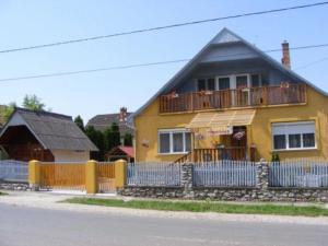 Napfény Vendégház és Apartman, Apartmány  Szilvásvárad - big - 1