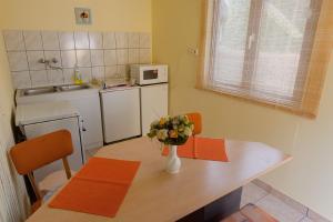 Napfény Vendégház és Apartman, Apartmány  Szilvásvárad - big - 32