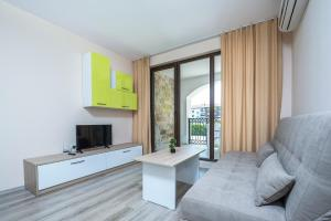 Apollon Apartments, Апартаменты  Несебр - big - 18
